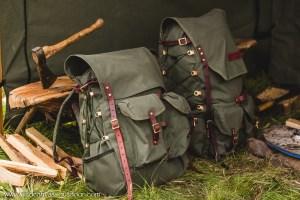bushcraft-rugzakken-uitladen-laden-en-lossen-300